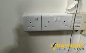 power-socket replacement-power-socket-installation-electrician-singapore-hdb-woodlands-5_wm