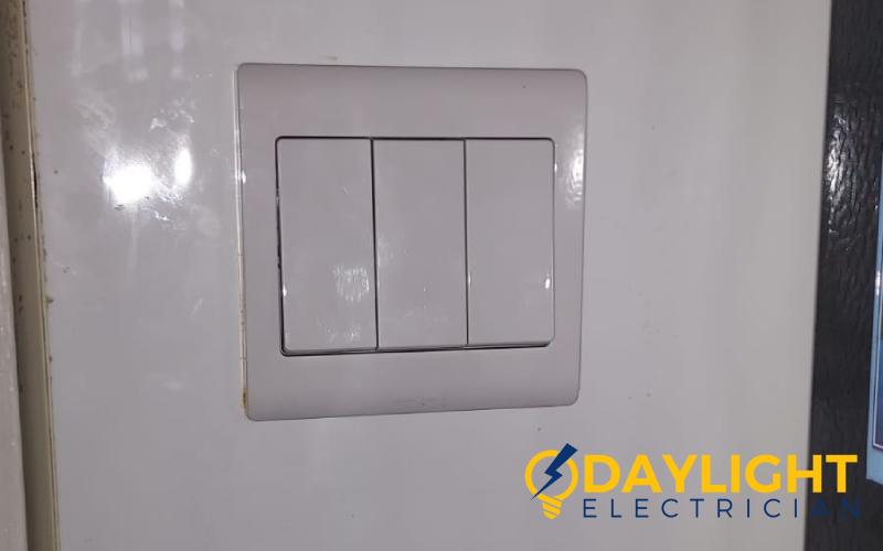 light-switch-replacement-light-switch-service-electrician-singapore-condo-serangoon-2_wm