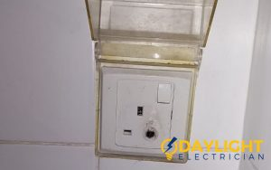 socket-replacement-power-socket-installation-electrician-singapore-hdb-toa-payoh-2_wm