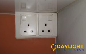power-socket-replacement-power-socket-installation-electrician-singapore-hdb-toa-payoh-1