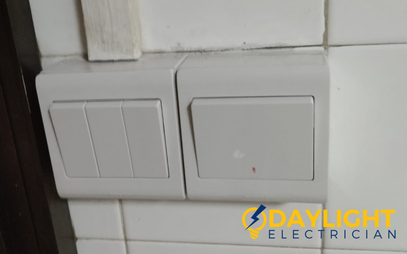 power-socket-and-switch-replacement-power-socket-services-electrician-singapore-hdb-sin-ming-2_wm