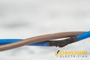 faulty-wiring-doorbell-not-working-doorbell-installation-daylight-electrician-singapore